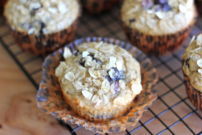 Blueberry Orange Oatmeal Muffins - Healthy, hearty muffins loaded with ...