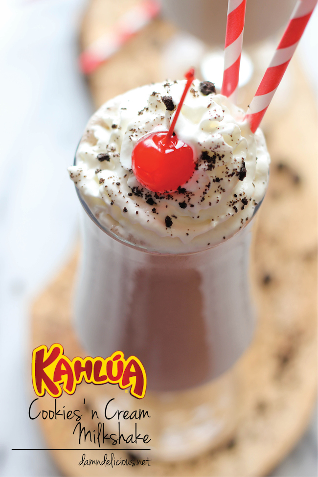 Kahlua Cookies and Cream Milkshake - An indulgent and creamy 5-min spiked Oreo milkshake that will knock your socks off!