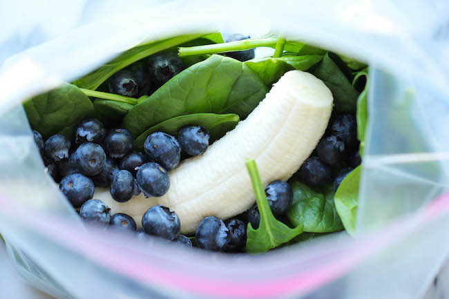 Berry Green Smoothie - Make-ahead freezer friendly smoothies that are ...