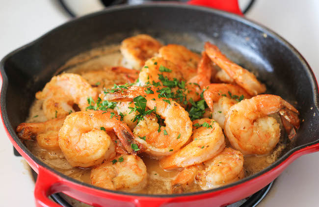 Garlic Butter Shrimp - An amazing flavor combination of garlicky ...