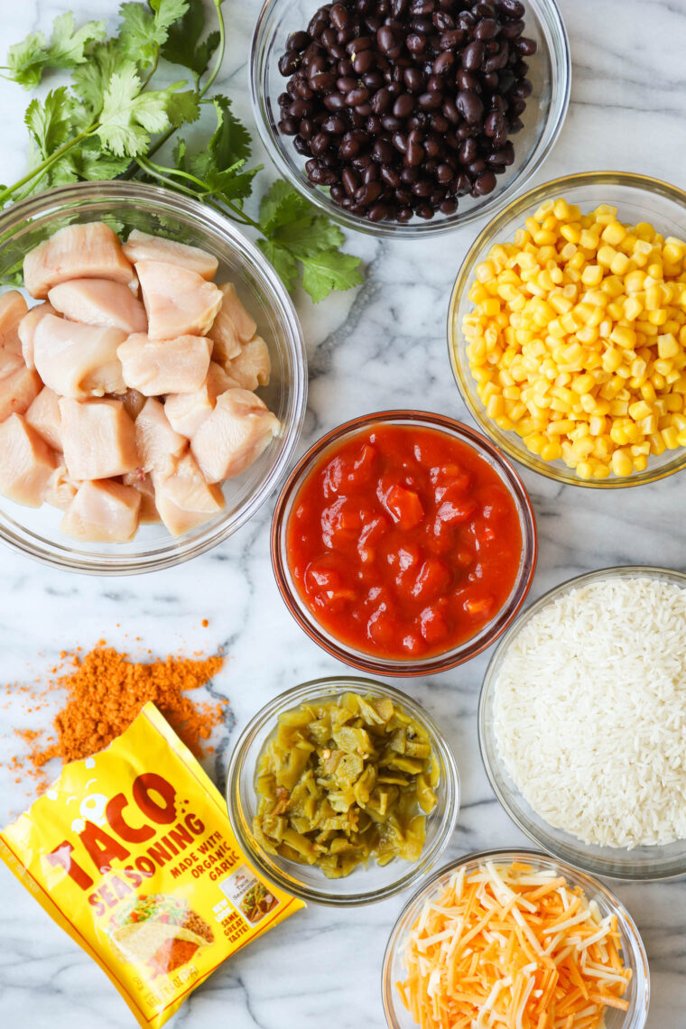 Instant Pot 20 Minute Chicken Burrito Bowls - This literally comes together in less than 10 min prep and another 10 min in the pressure cooker. The chicken is so tender and the flavors are just unbelievable here! After this, you'll never want to make burrito bowls without your Instant Pot!