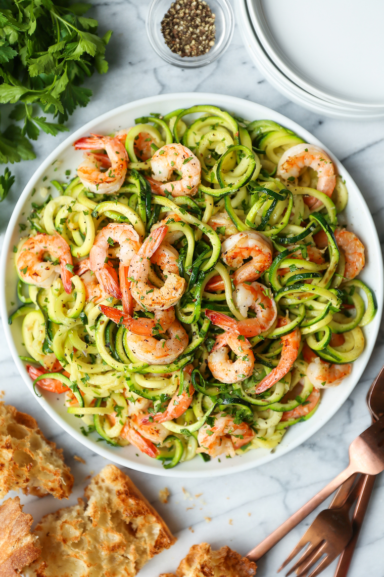 Garlic Butter Shrimp Zucchini Noodles - Super skinny, super low carb! Made in less than 30 minutes! It's so flavorful, you won't even miss the pasta here!