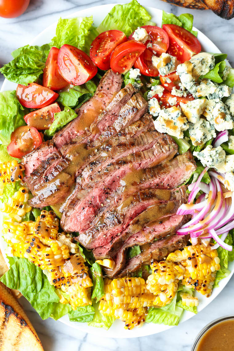 Grilled Steak Salad with Balsamic Vinaigrette - With perfectly grilled steak, charred corn, tomatoes, blue cheese. Say goodbye to boring salads! SO SO GOOD.